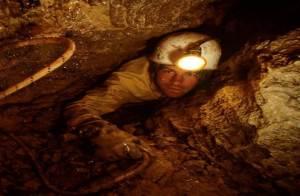 cave 8